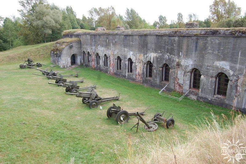 «Музей 5 форт». Артиллерийская площадка