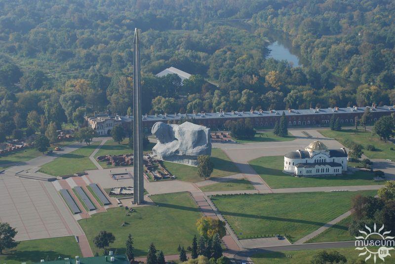 Вид мемориала сверху
