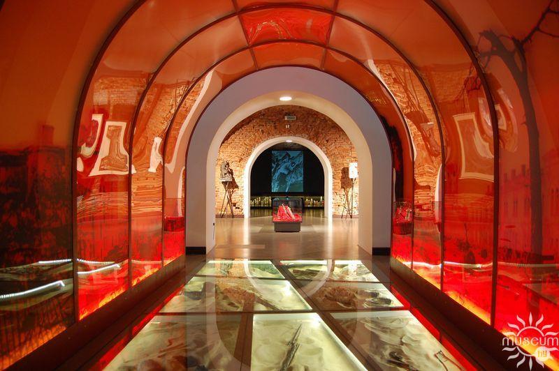 «Музей войны – территория мира». Фрагмент экспозиции 6-го зала (Эхо войны)